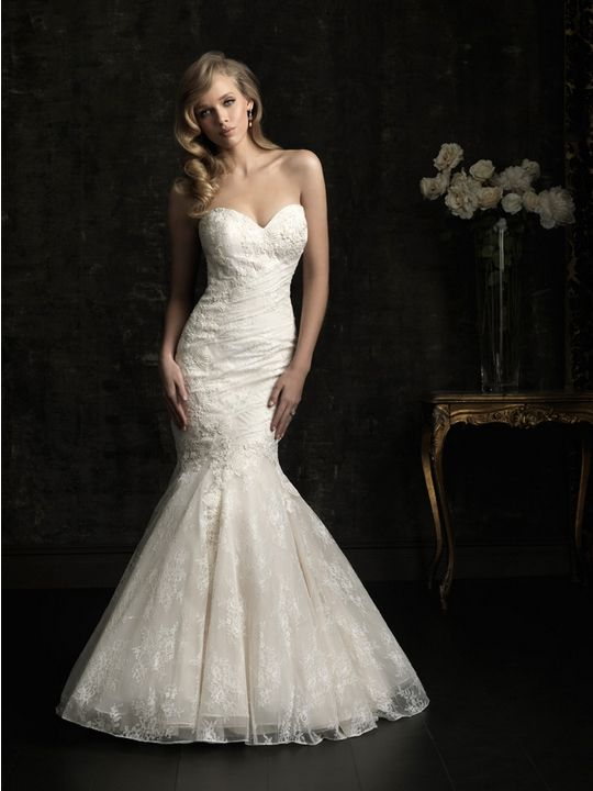 ALLURE 8967 Wedding Dress #weddingdress #allure #bridalgown #allurebridals