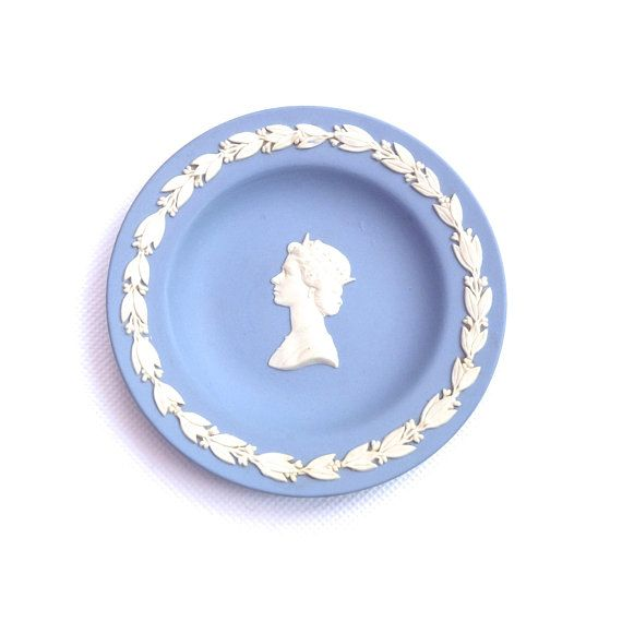 Vintage Wedgwood Jasperware Pin Dish Wedgewood Queen