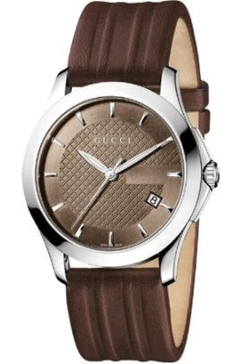 This Gucci gents watch comes with a leather strap and a brown dial.