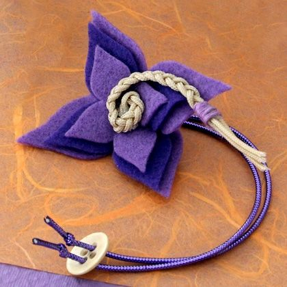 Fashioned with Princess Rapunzel in mind, this fanciful wrist corsage is a great craft to kick off a princess party with a twist.