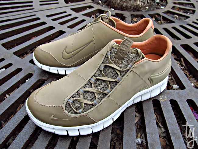 Nike Footscape Free PRM NSG.. This will look good on my Wrangler Khaki Pants