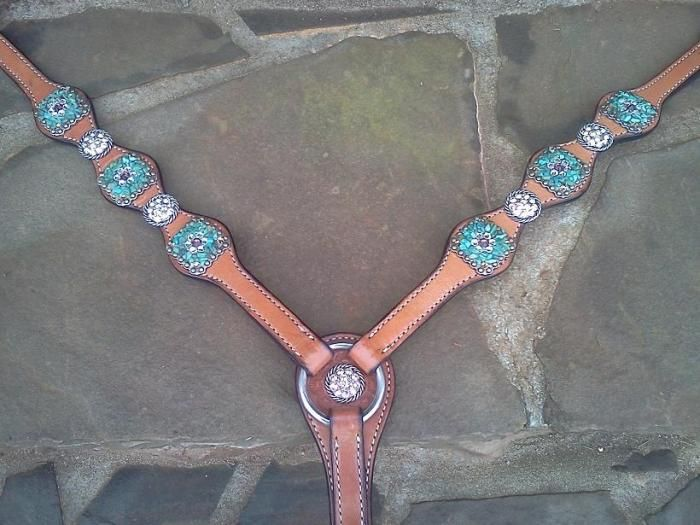 pictures of turquoise items | Western Bling breastcollars, headstalls, tack