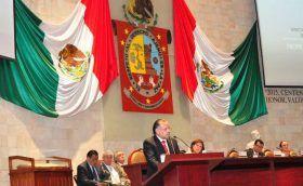 Avanza la Reforma Educativa, incrementa la infraestructura y mejora la producción del campo en Oaxaca
