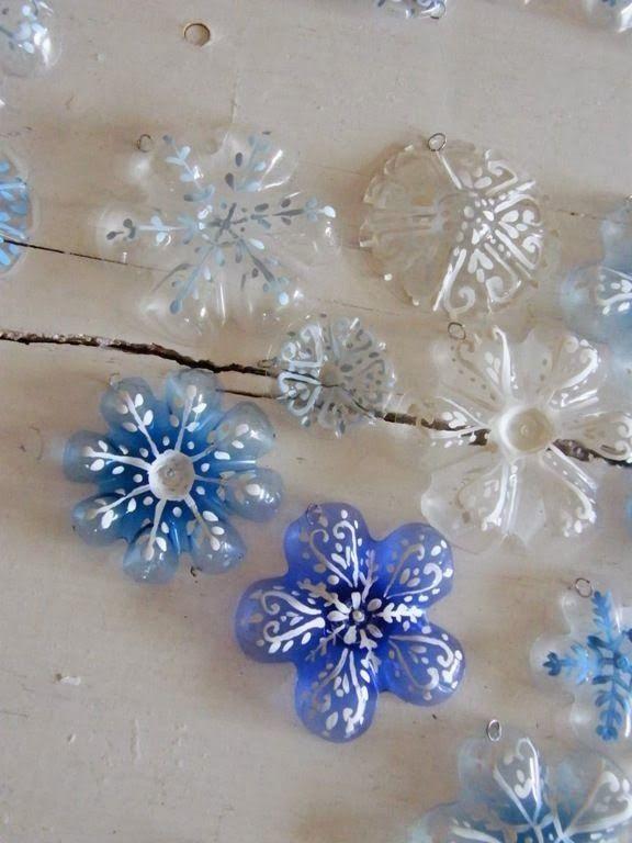 flores con botellas u2026 manualidades navidad Pinterest Flores