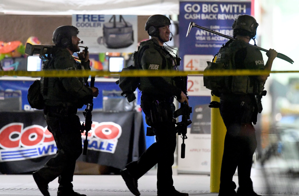 Lapd Investigates Officer S Actions In Deadly Costco Shooting Los Angeles Police Department Off Duty Costco