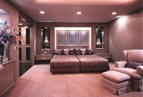 Beautiful Modern Style Dark Color Master Bedroom Paint Colors In Pink And Brown Combination For Inspiration