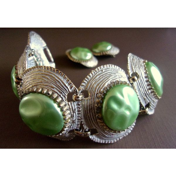 Mint Green Baroque Pearl Bracelet Earrings Set, Selro Style, White... ($69) ❤ liked on Polyvore featuring jewelry, baroque pearl jewelry, white enamel jewelry, white jewelry, mint jewelry and mint green jewelry