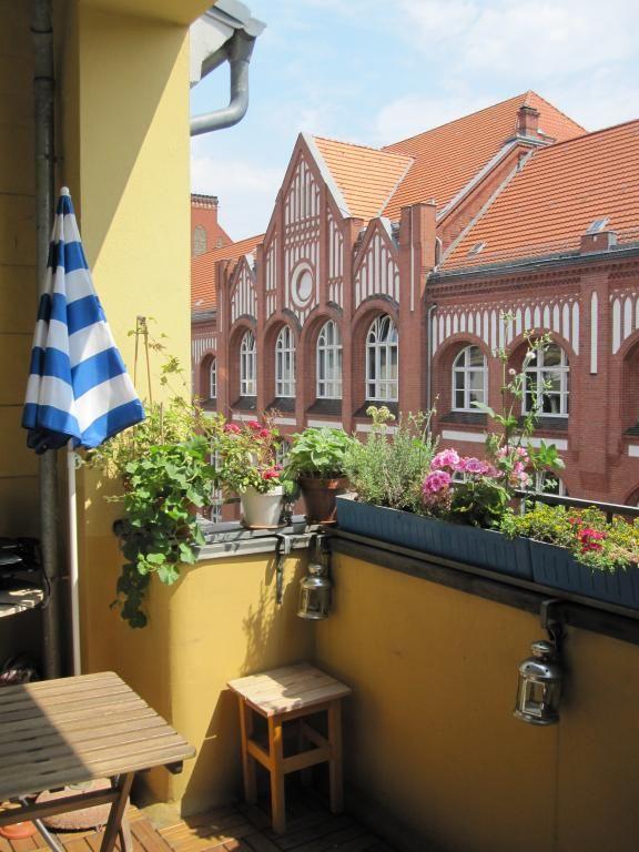 Sonnige Und Schone 100 M 3 Zimmer Altbauwohnung Nahe Akazienkiez Wohnung In Berlin Schoneberg Wohnen Berlin Altbauwohnung Wohnung