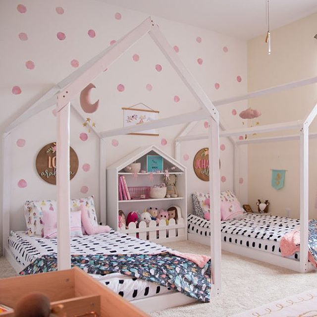 25 Awesome Shared Bedroom Ideas For Kids: Shared Sister Room