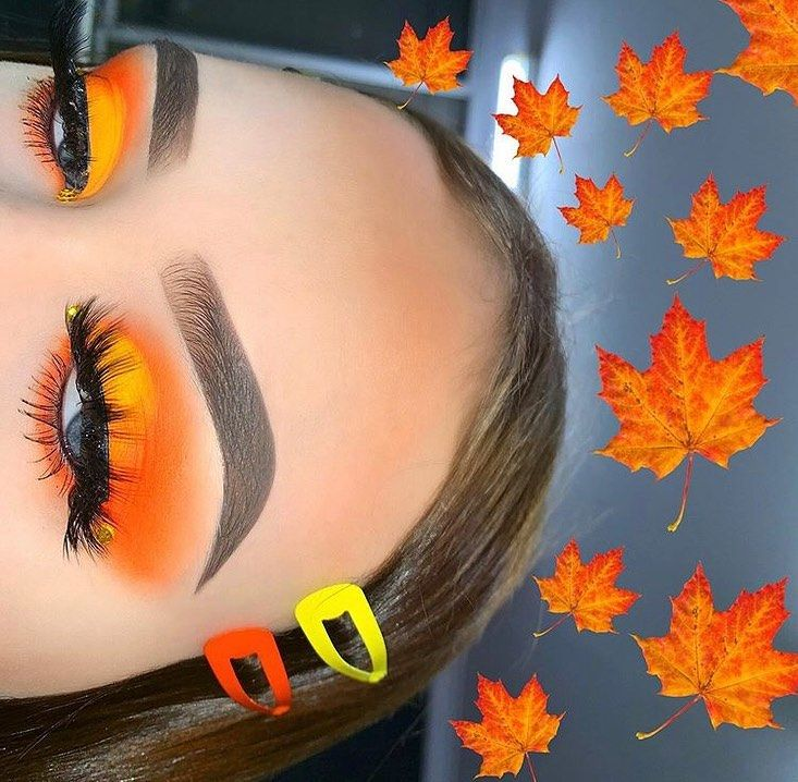 "Daily Makeup Posts on Instagram: ""1st or 2nd? 🍂🌩 Credit: @makeup.by.angelxo Comment Below 👇 Follow @itsmakeupdaily for daily makeup tutorials, tips & tricks."""