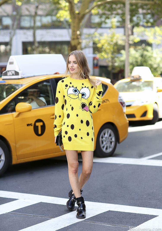 #SonyaEsman in that SpongeBob dress. Witty girl steals the scene#LeeOliveira.