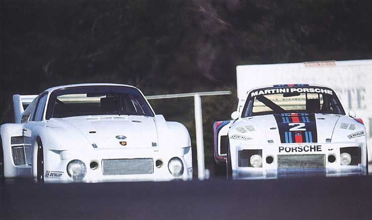 1977 Porsche 935/77 Roll out @ Paul Ricard compared to 1976 spec 935/76
