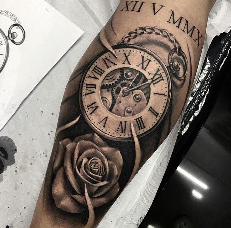 Pin Di Julien Letourneau Su Tatouages Horloge Tatuaggi Braccio Tatuaggi Orologio Tatuaggi Bellissimi