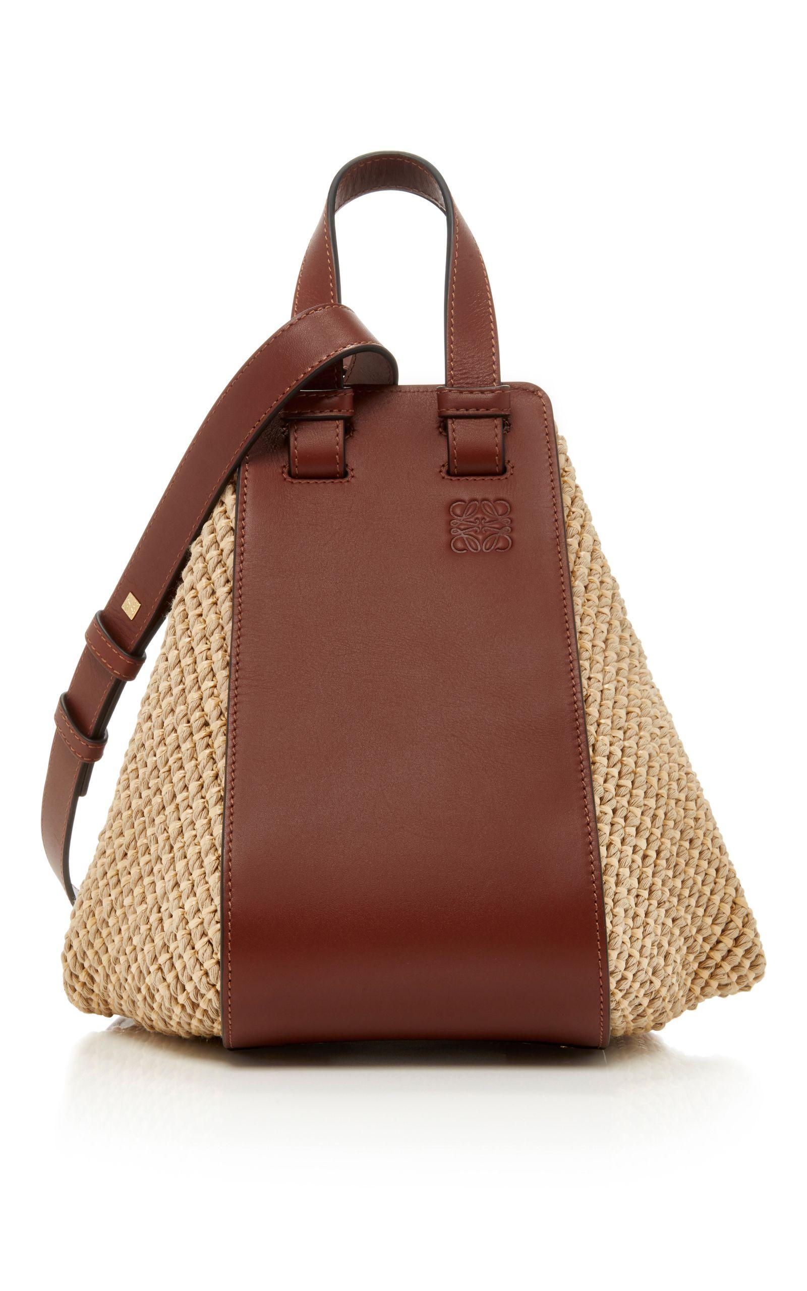LOEWE . #loewe #bags #shoulder bags #hand bags #leather #tote #