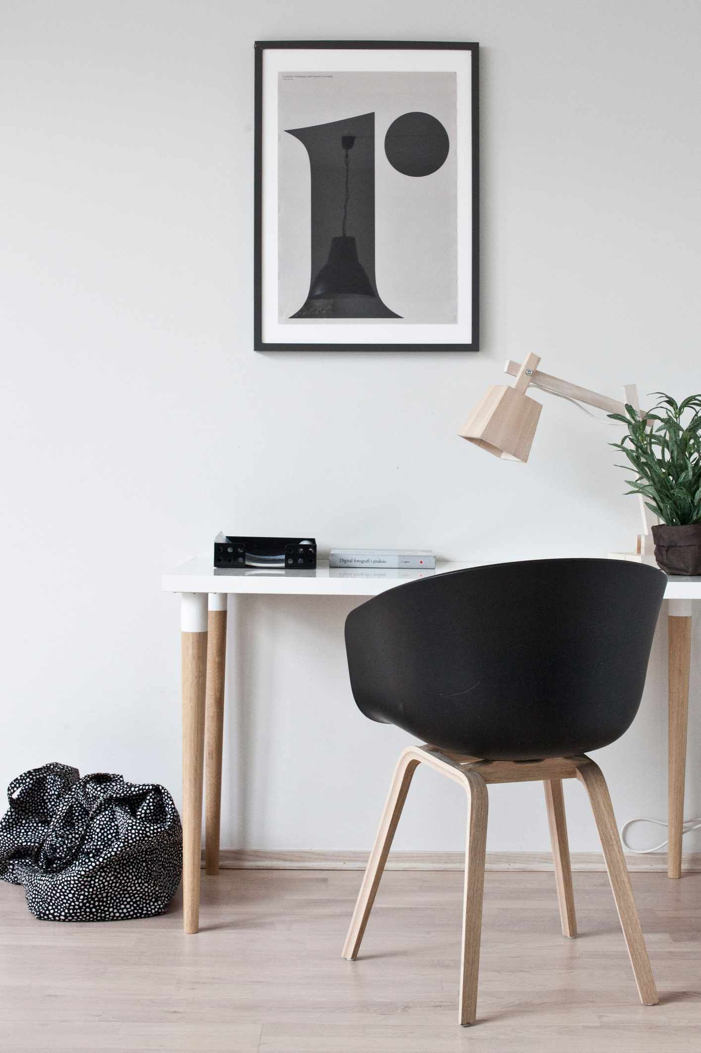 Via Hviit | Scandinavian Home Office | HAY | Playtype | Muuto