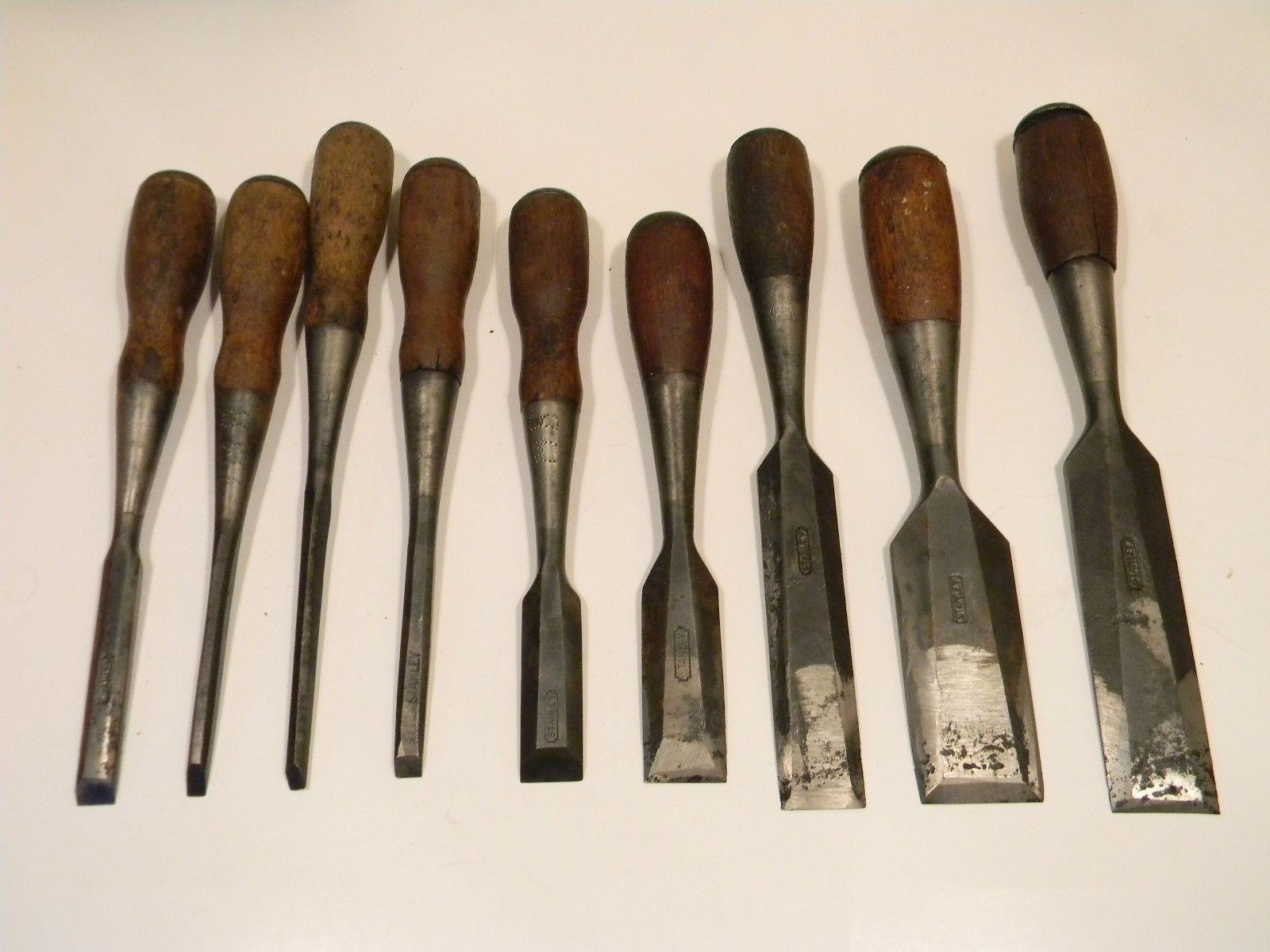 Mix Lot Of 9 Vtg Stanley Everlast Chisels Antiques