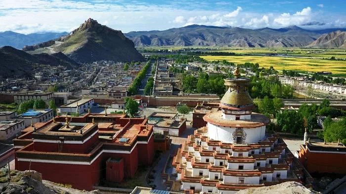 Gyantse City Tibet Travel Lhasa Tibet Bali Travel Photography
