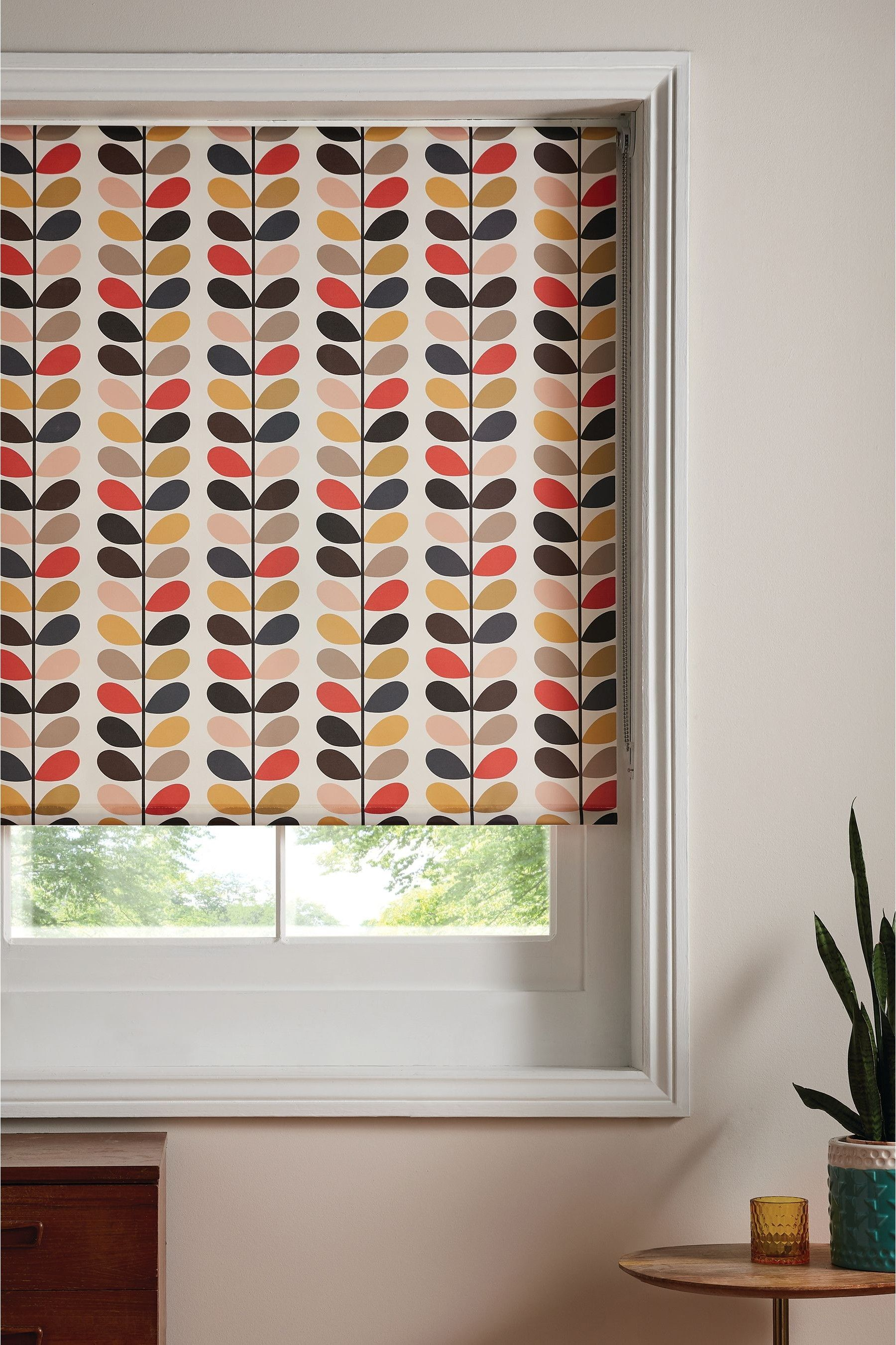 Orla Kiely Linear Stem Roller Blind In 2020 Red Blinds Blinds Roller Blinds