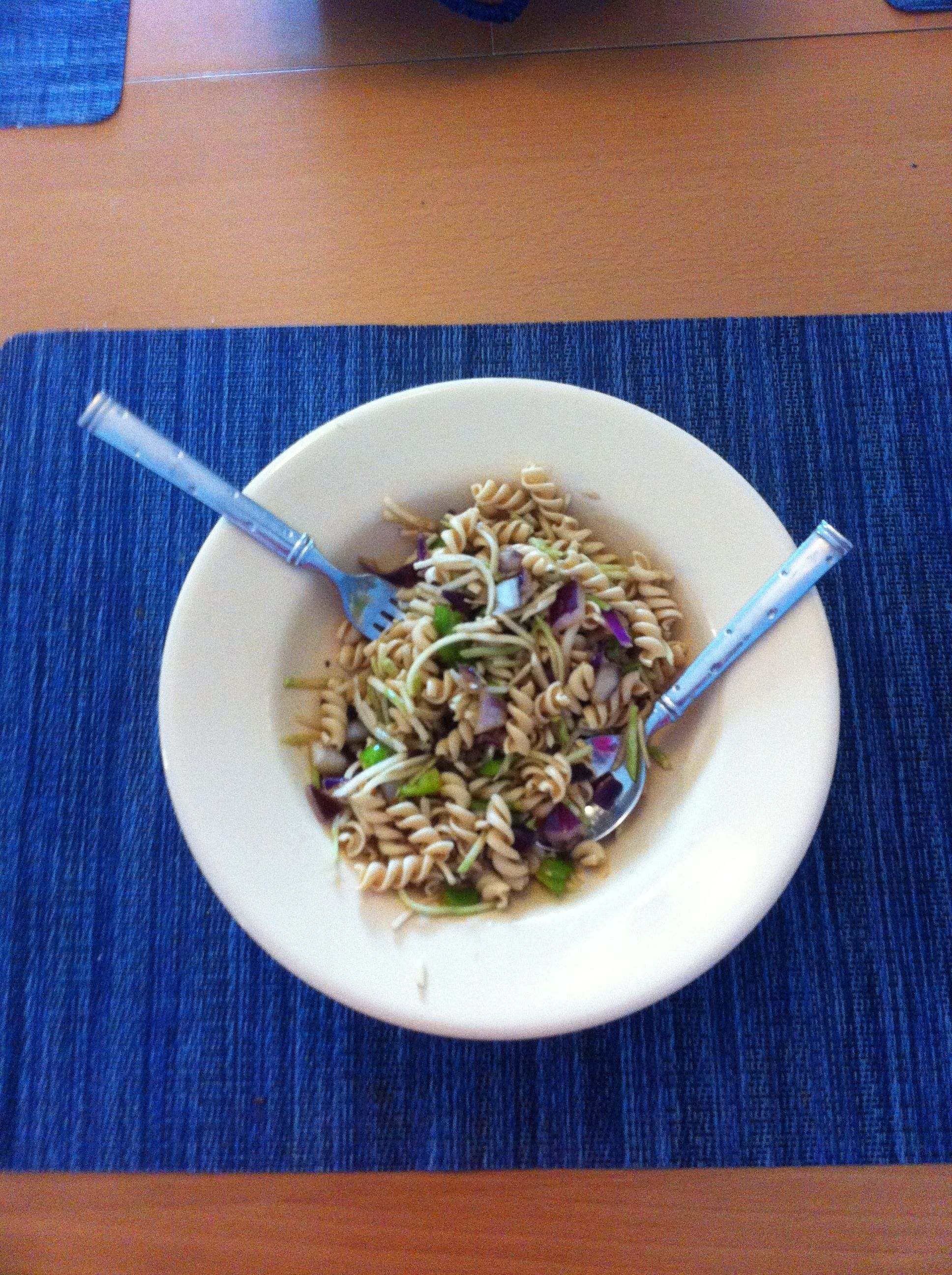 Ideal Protein Asian Pasta Salad!  1 C Broccoli Slaw 1 C red onion, green onion, mild pepper, chopped 1 Package Ideal Protein Rotini, cooked, drained, and rinsed 1 Tbsp low sodium soy sauce 2 tsp olive oil 1/2 tsp chili paste  Mix all ingredients.  Serve chilled. One of my favorite IP lunches! #idealproteinrecipesphase1dinner