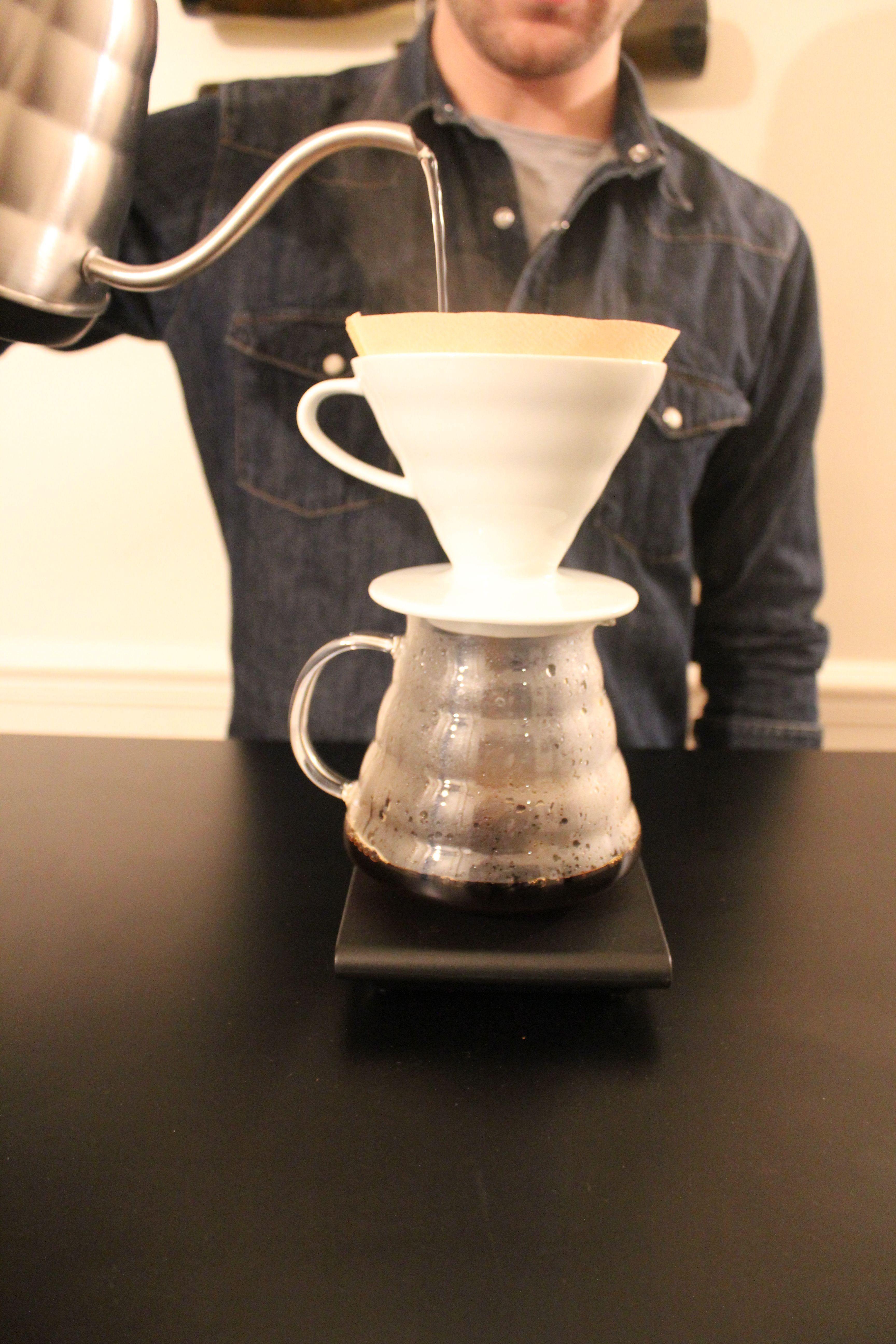 Le V Le Café Filtre Moderne Porte Filtre Tasses - Porte filtre café