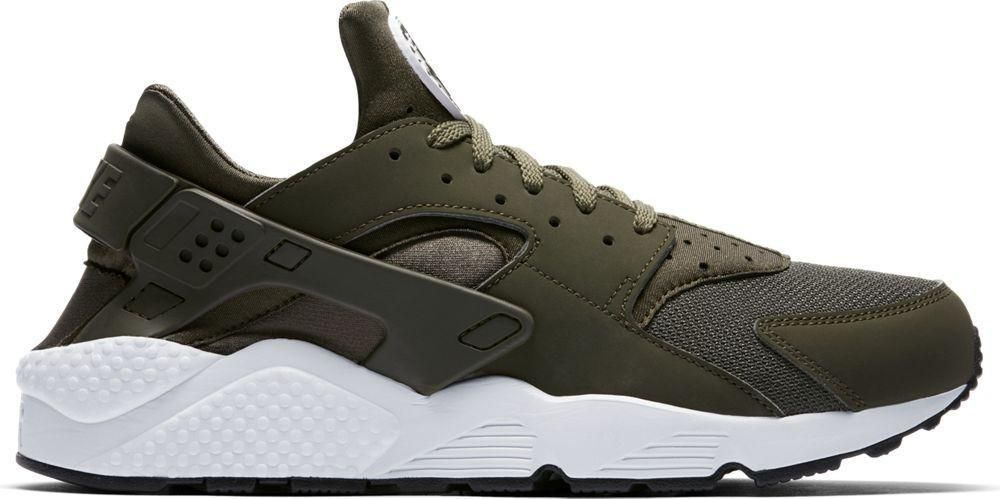 2ec1a85e00 olive and white size 6 kids | Shoes in 2019 | Nike shoes huarache ...