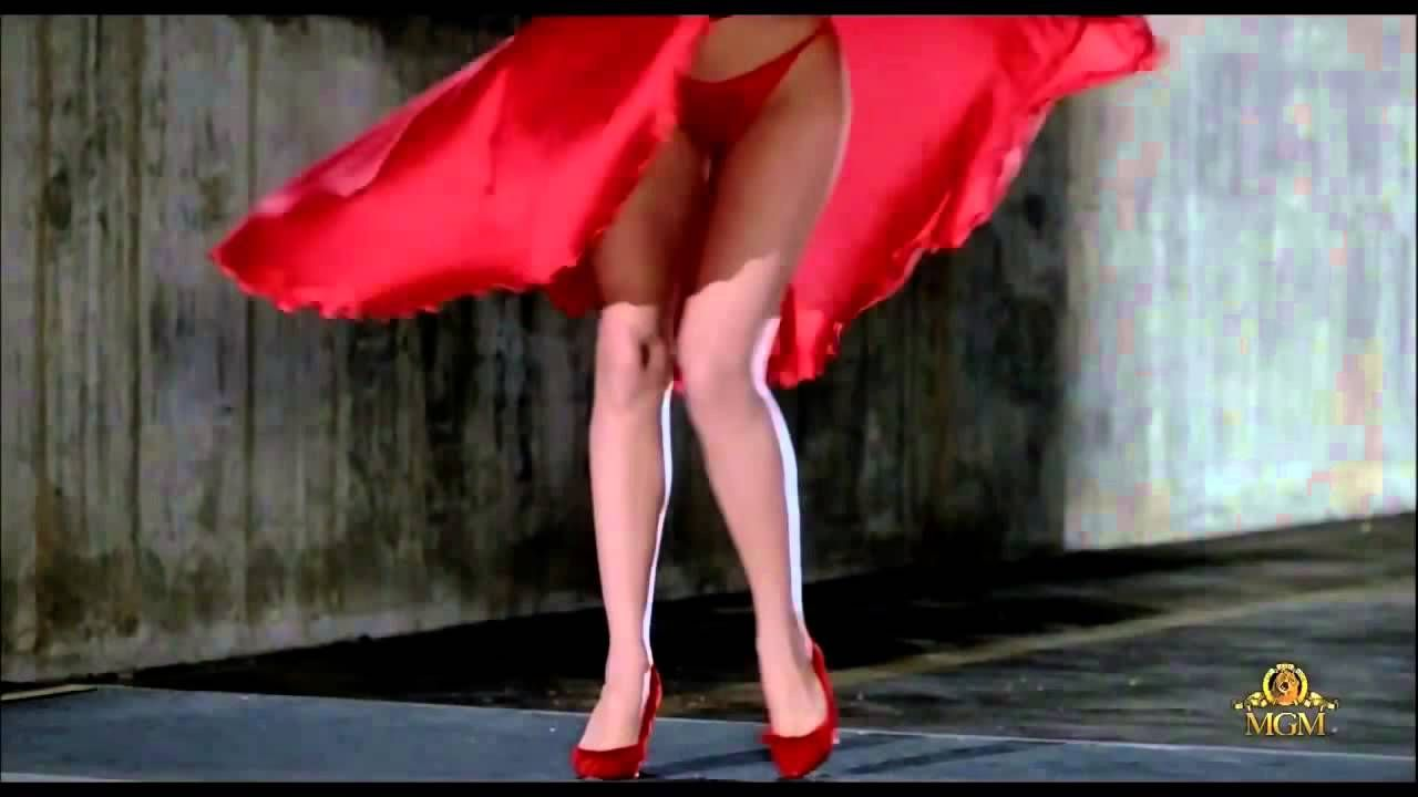 6bb9623b9f Lady in Red - Chris de Burgh (The woman in red -1984- Scene picture) -  YouTube