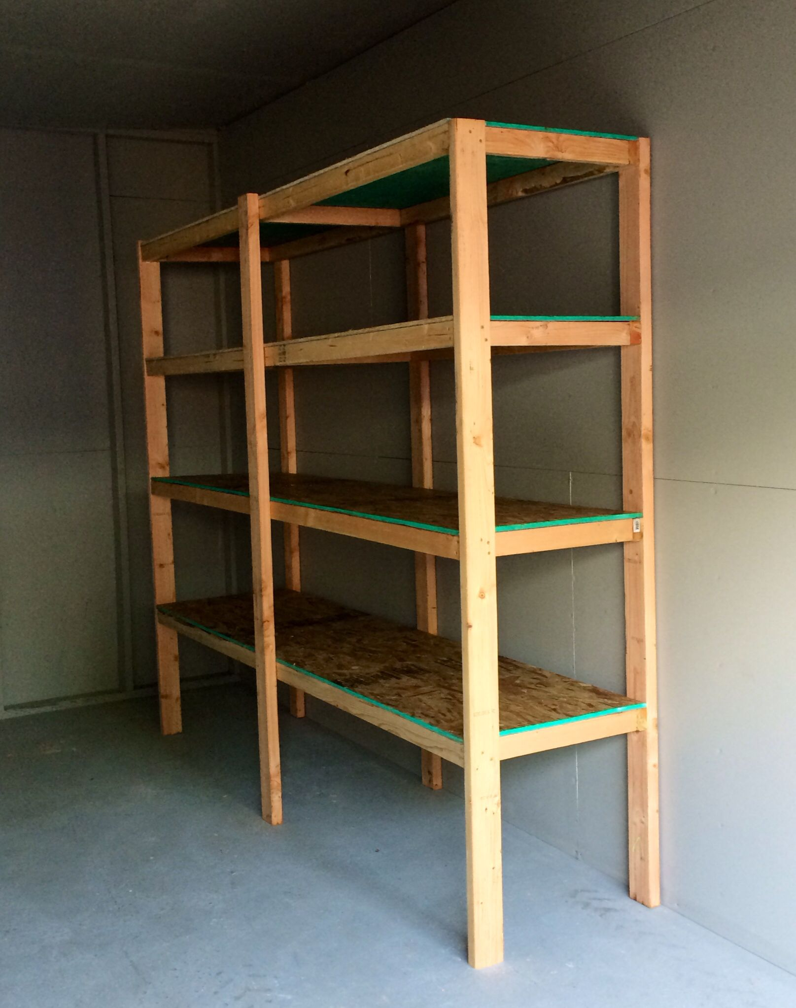 Oops I Made A Shelf Large Shelving Unit For Storage With 4 2 X8 Shelves Approx Cost 70 2 Sheets Osb 6 Rangements Et Organisation Rangement Organisation
