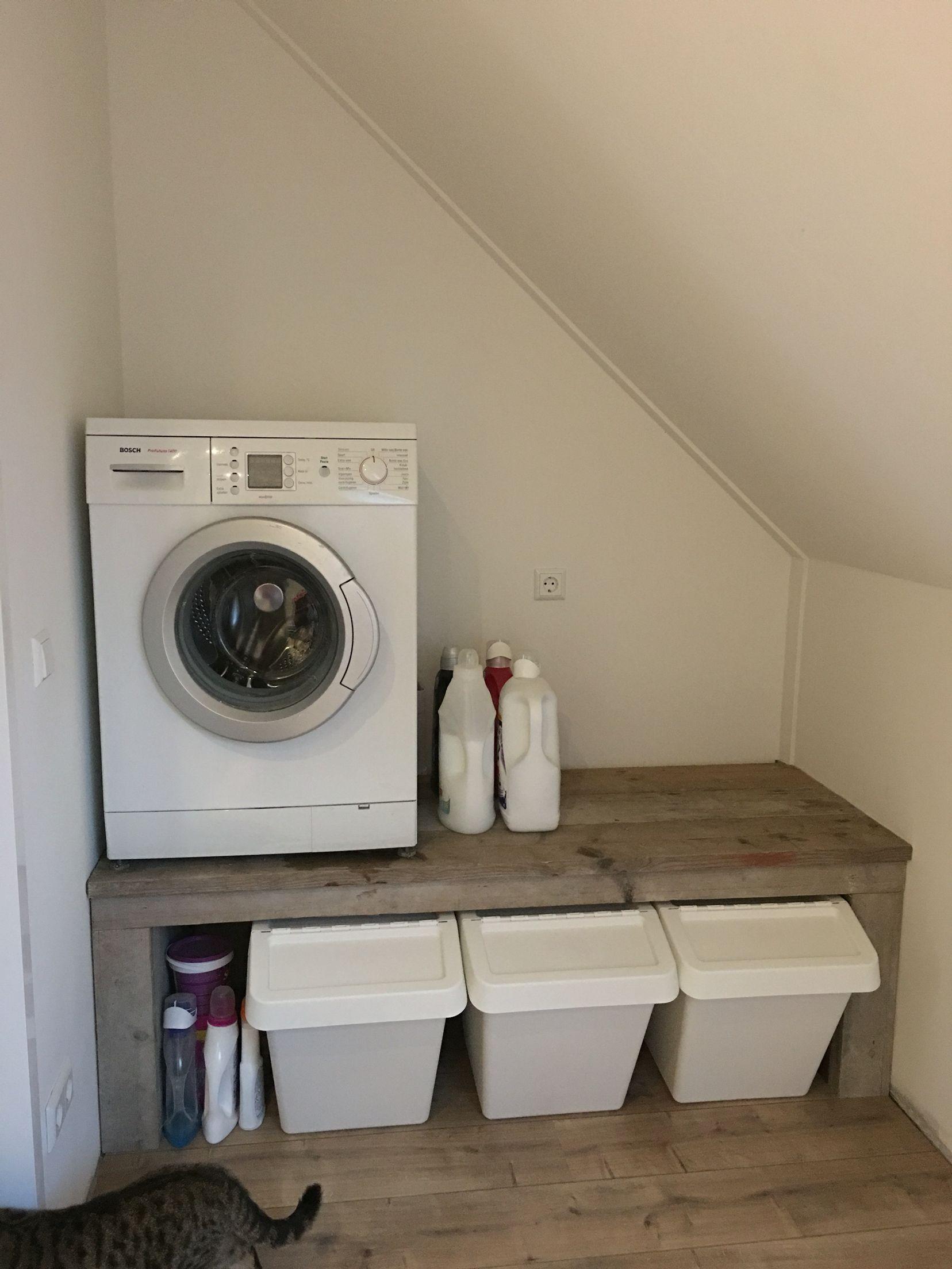 mooie wasmachine/droger verhoging van steigerhout gemaakt door m'n