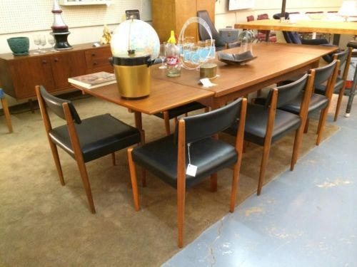 Danish Modern Teak Dining Table And Eight Chairs Teak Dining Table Dining Table Dining