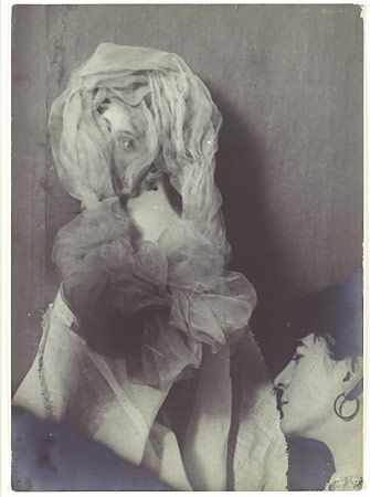 "Enrico Imoda, ""Materialization of a Young Woman Produced by the Medium Linda Gazzera,"" June 28, 1909"