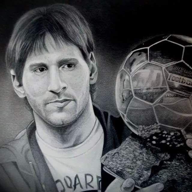 Lionel Messi 10 3 dibujo con uno de sus balones oro  drawings