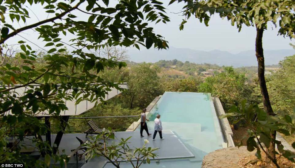 The World S Most Extraordinary Homes Visits Recycled Materials House Visit India World Visiting