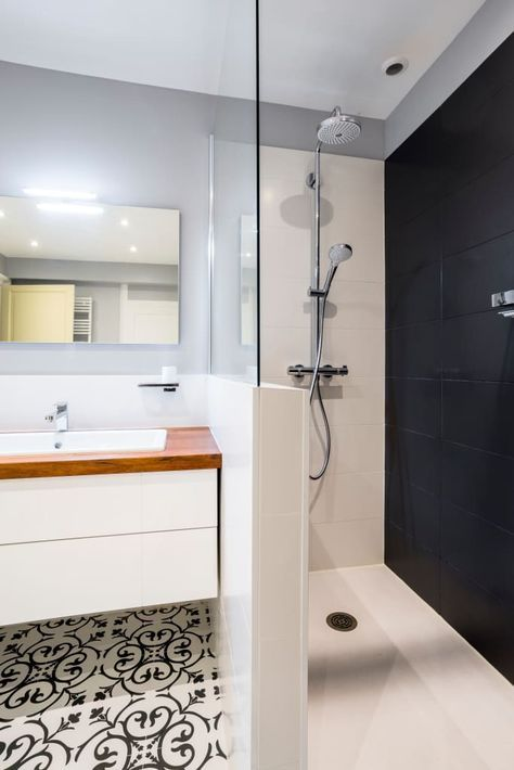 Conception dune salle de bains salle de bain minimaliste par atelier idea minimaliste