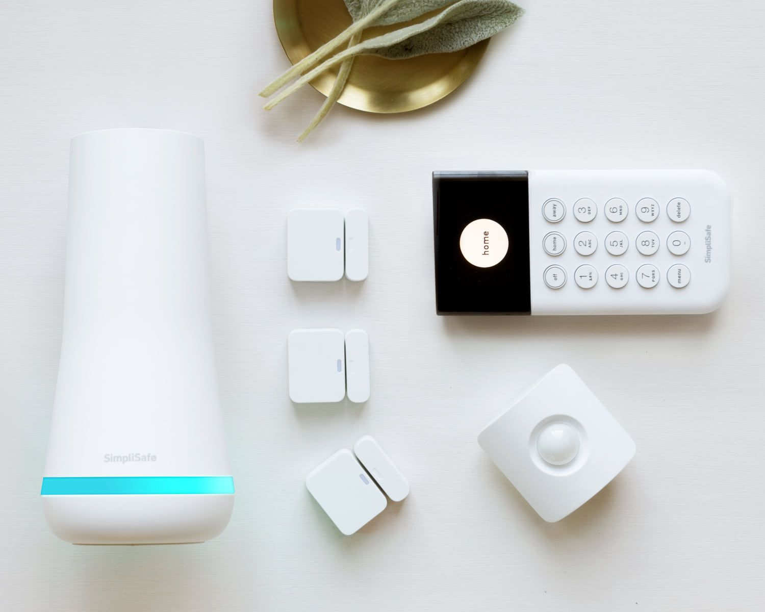 8 Of The Best Home Security Systems According To People Who Use Them Wireless Home Security Simplisafe Home Security Systems