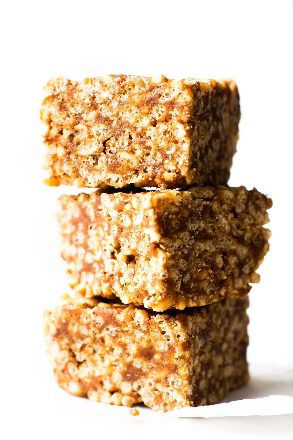 Date-Sweetened Vegan Rice Crispy Treats #crispytreats