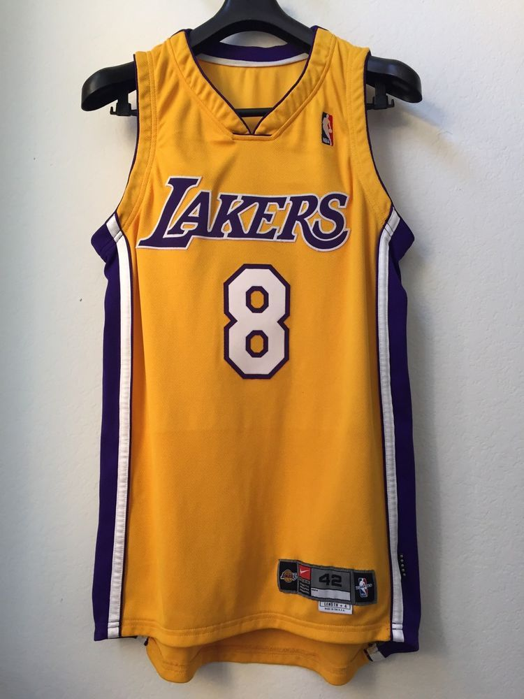 835e16d55 1999 00 KOBE BRYANT LA LAKERS TEAM ISSUED GAME JERSEY MEDIA DAY PRO CUT 42  4 PE (eBay Link)
