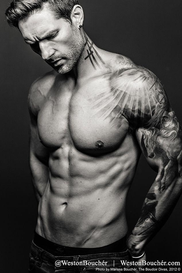Sun Rays On Shoulder Tattoo Tattoo Sleeve Men Best Sleeve Tattoos Tattoo Designs Men