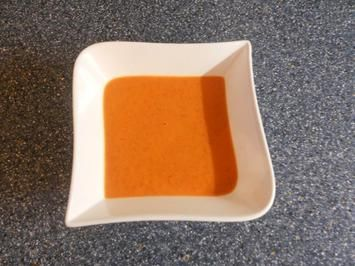 red peppers soup