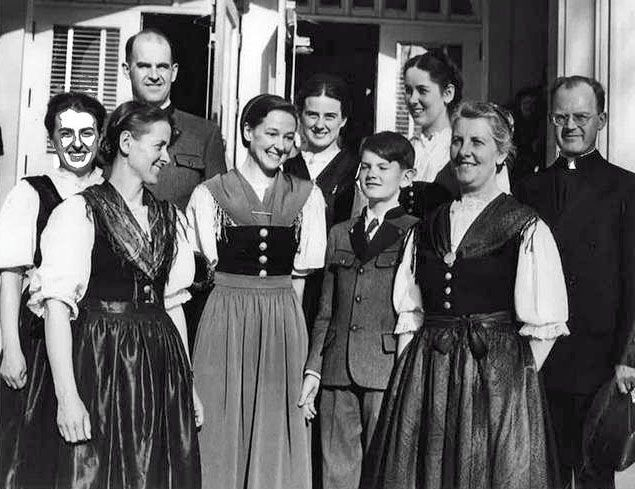 The Real Von Trapp Family Sound Of Music Photo Beautiful People