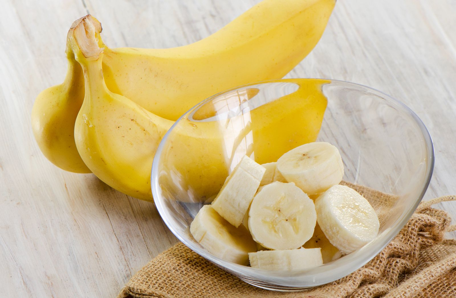 Photo of Sleep Tea, Conditioner, and Teeth Whitening: 7 Surprising Ways You Can Use Bananas