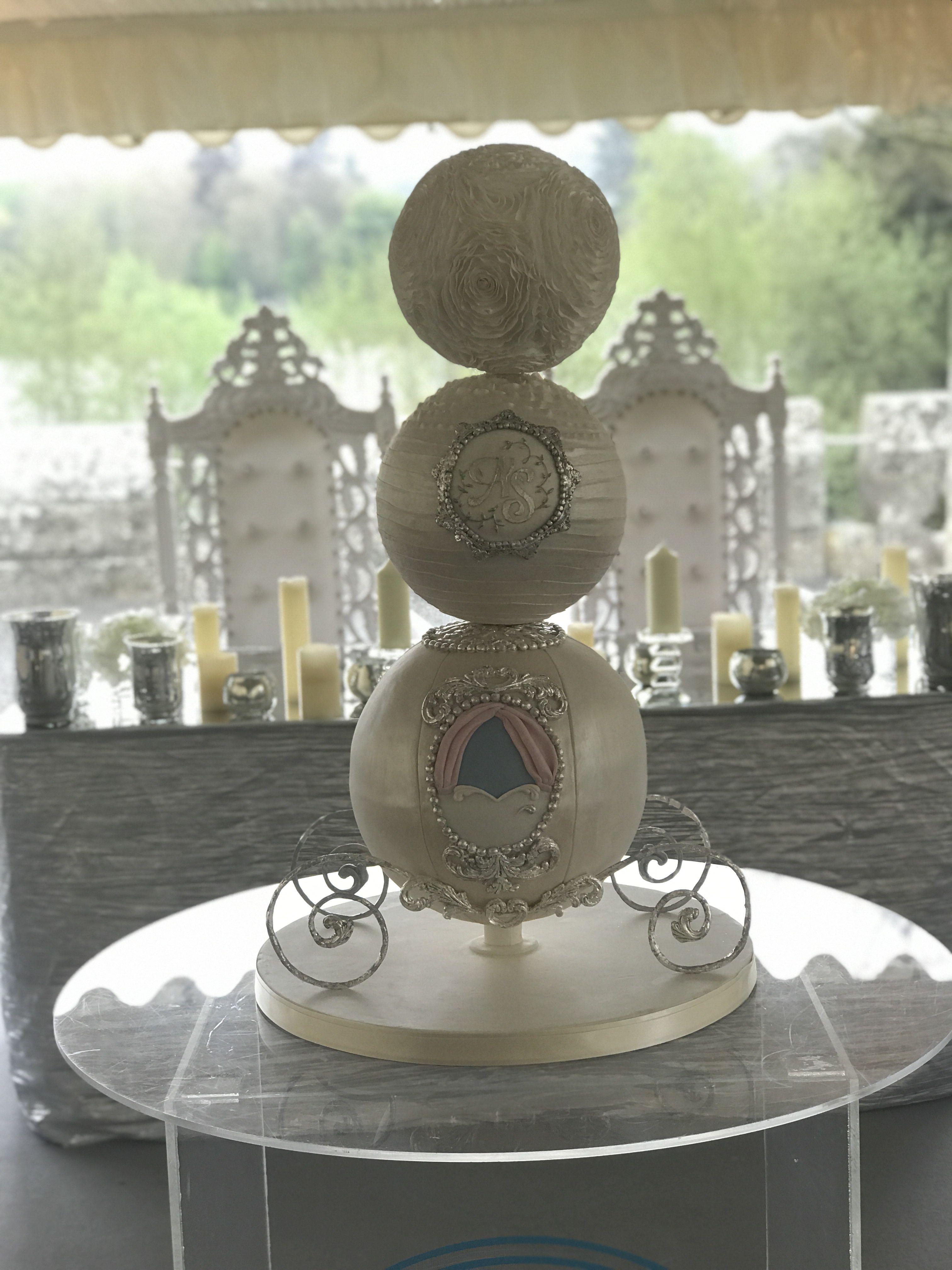 Cinderella Themed Wedding Cake Wedding Pinterest Cinderella
