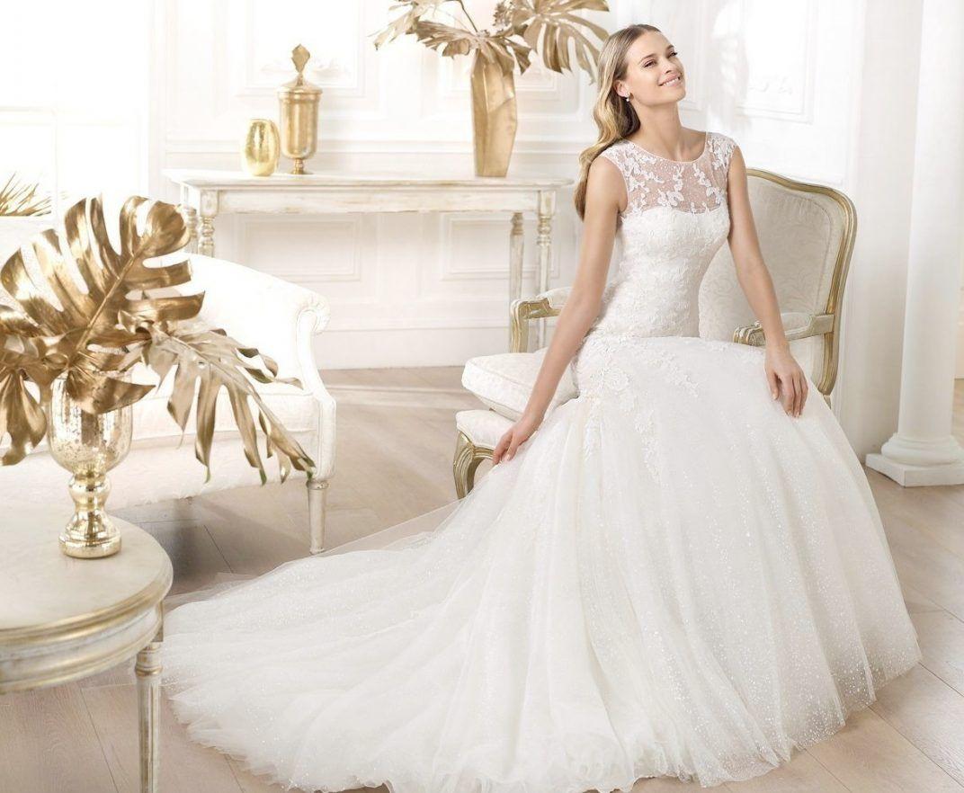 Rent A Wedding Gown In 2020 Popular Wedding Dresses Rental Wedding Dresses Wholesale Wedding Dresses