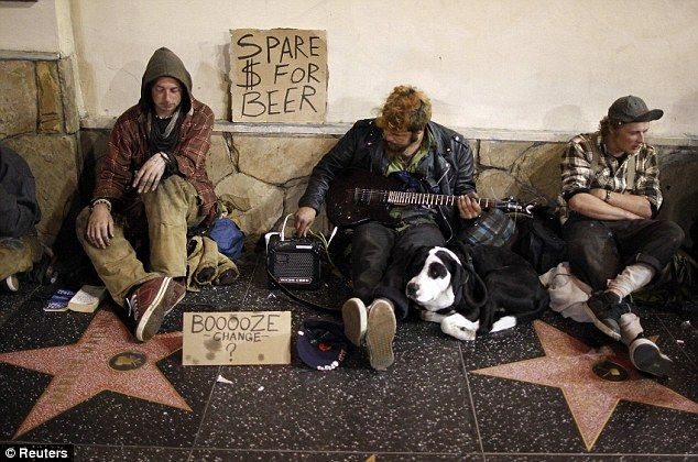They Never Showed This At The Oscars After All The A List Glamour A Look At Life On The Streets For Tinseltown S Forgotten Homeless Homeless Hollywood Walk Of Fame Star Homeless Man