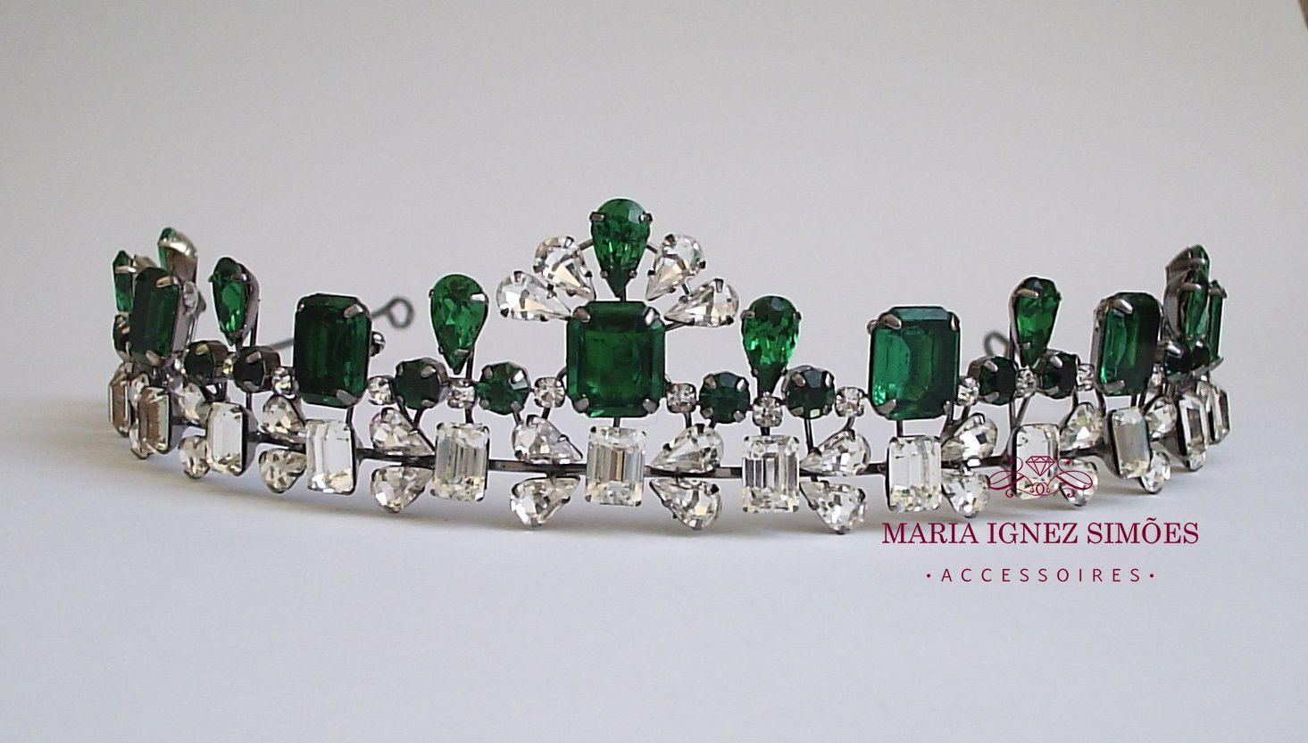 Tiara com Swarovski vintage esmeralda ,cristal e banho grafite - tiara - noiva - inspiração noiva - casamento - curitiba