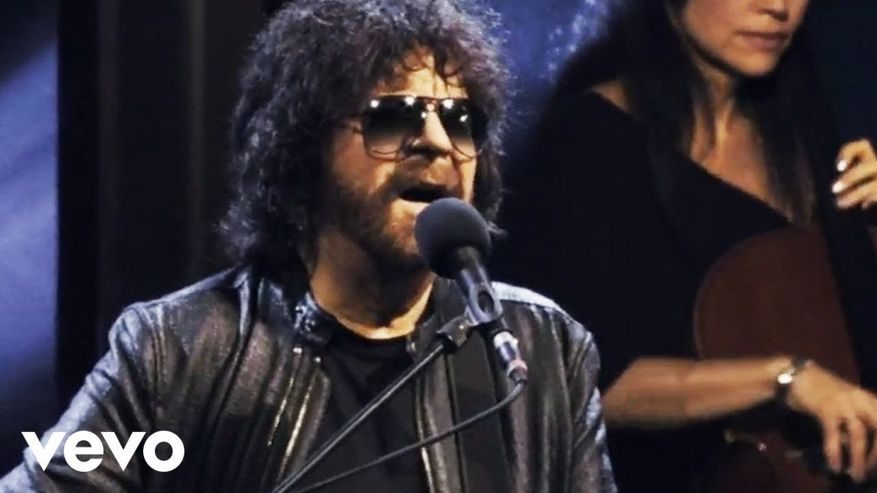 Jeff Lynne S Elo Telephone Line Live At Wembley Stadium