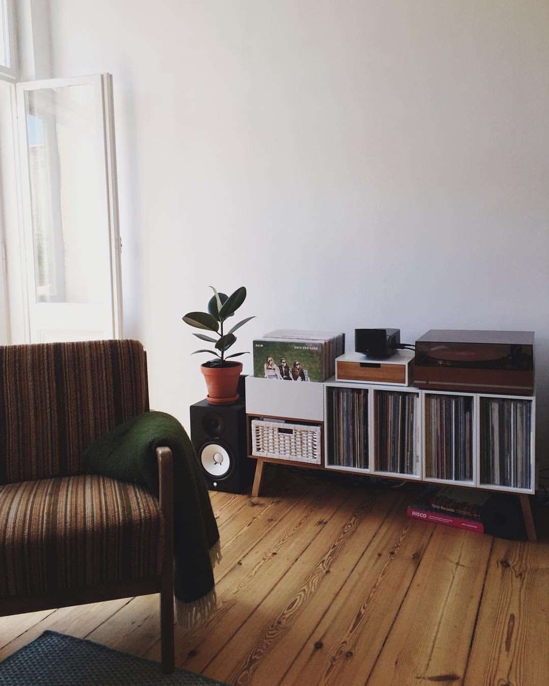 Cozy House Entryway: Pin By Courtney Botha On Decor Ideas