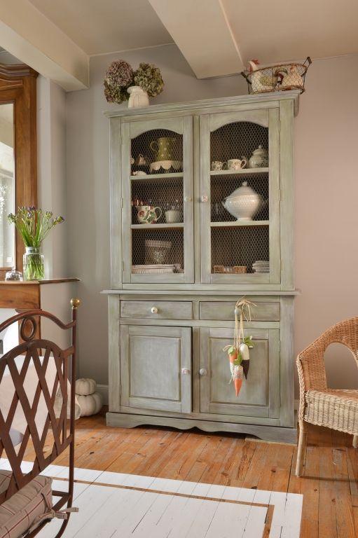 r nover un vaisselier nuetral naturals pinterest vaisselier pinterest et meubles. Black Bedroom Furniture Sets. Home Design Ideas
