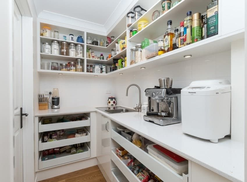 45 Gorgeous Walk In Kitchen Pantry Ideas Photos In 2020 Pantry Layout Kitchen Pantry Design Pantry Design