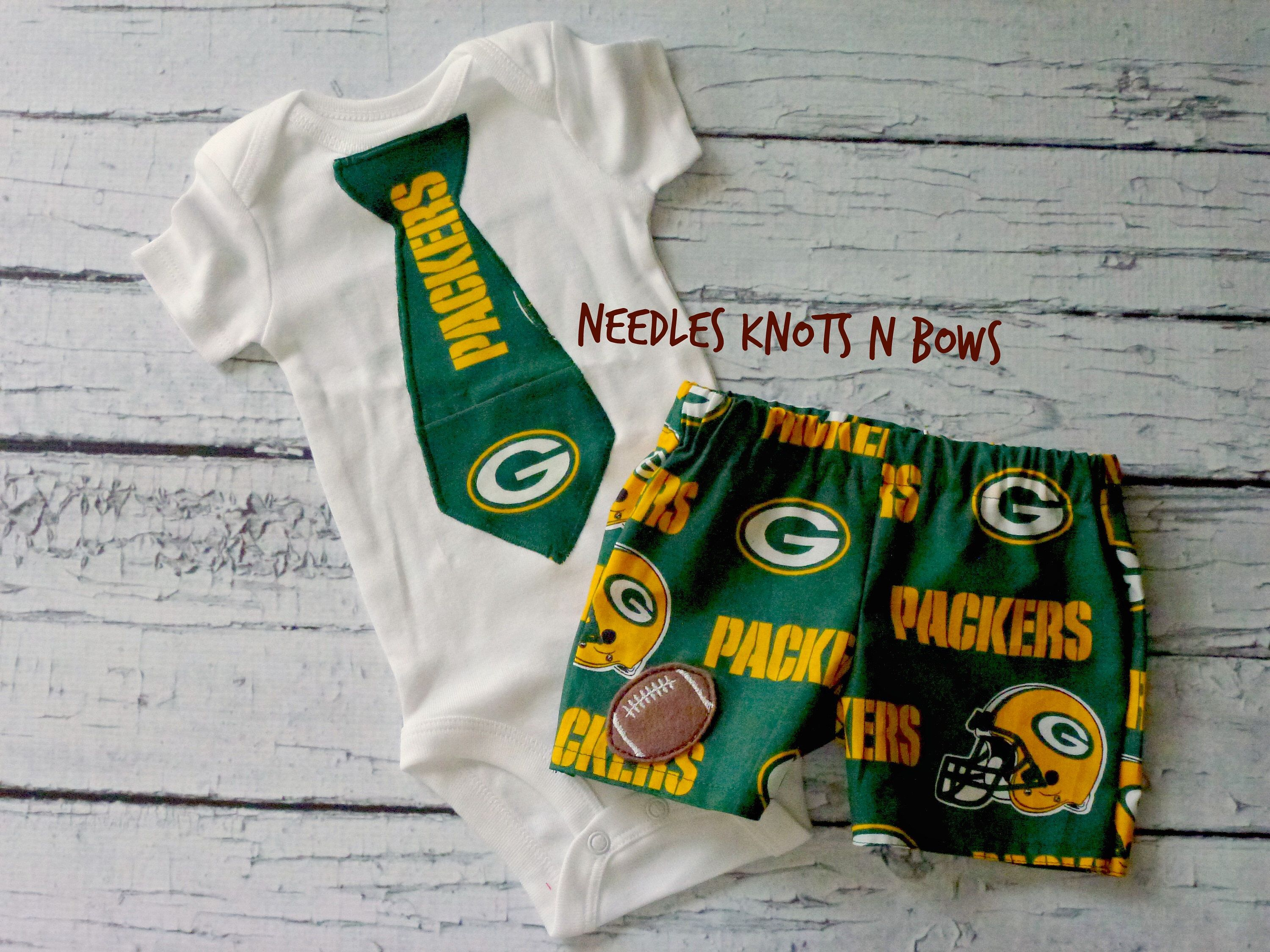 Boys Greenbay Packers Football Outfit Baby Boys Greenbay Packers Game Day Outfit Coming Home Outfit Baby Shower Gift Football Outfits Coming Home Outfit Girls Coming Home Outfit