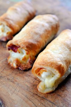 cannoncini di sfoglia prosciutto e formaggio vickyart arte in cucina